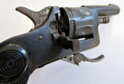 Revolver k identifikaci _C